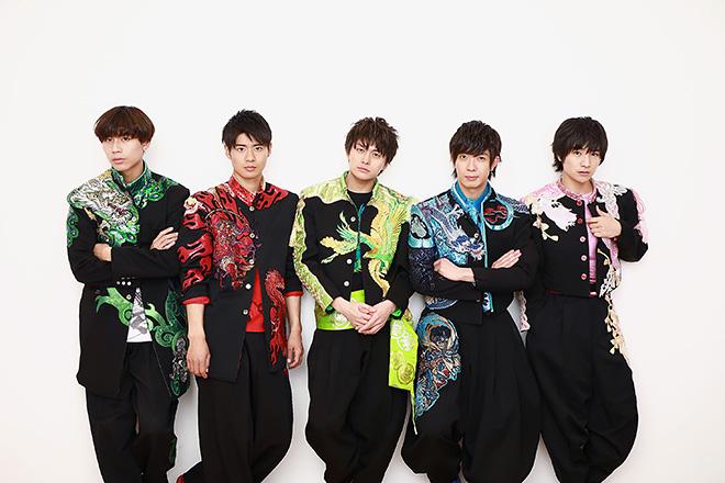 写真左から吉原雅斗、辻本達規、小林豊、田村侑久、本田剛文